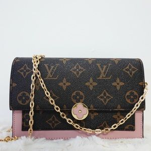 Louis Vuitton flore 8 x 4 x 1.5 pink
